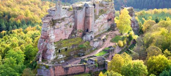 Journée médiévale à Montréal sur le thème des châteaux forts en Alsace
